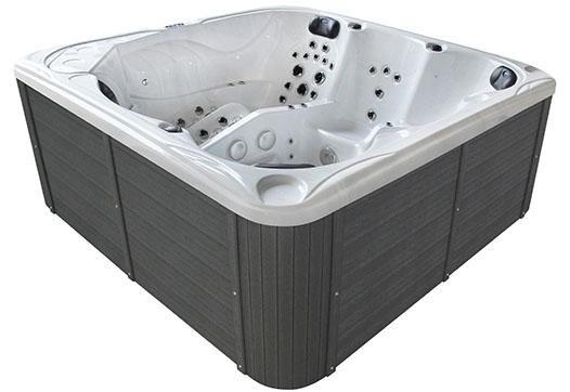 Medusa hot tub